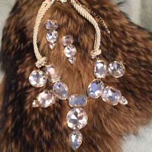 Exquisite Chico's necklace, clip on earrings